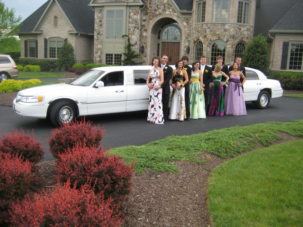 Rental Limo Service for Different Occasions